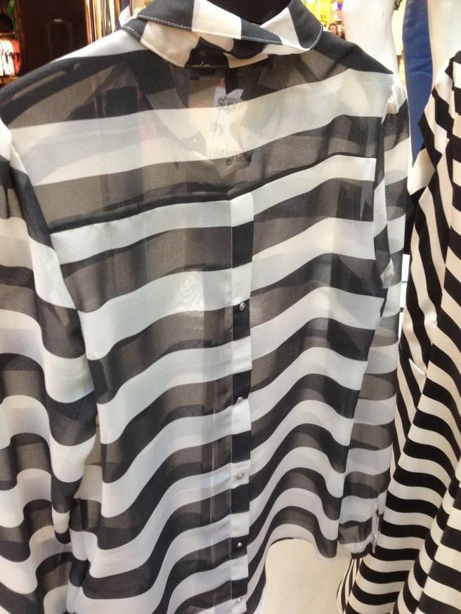 Monochrome stripe shirt