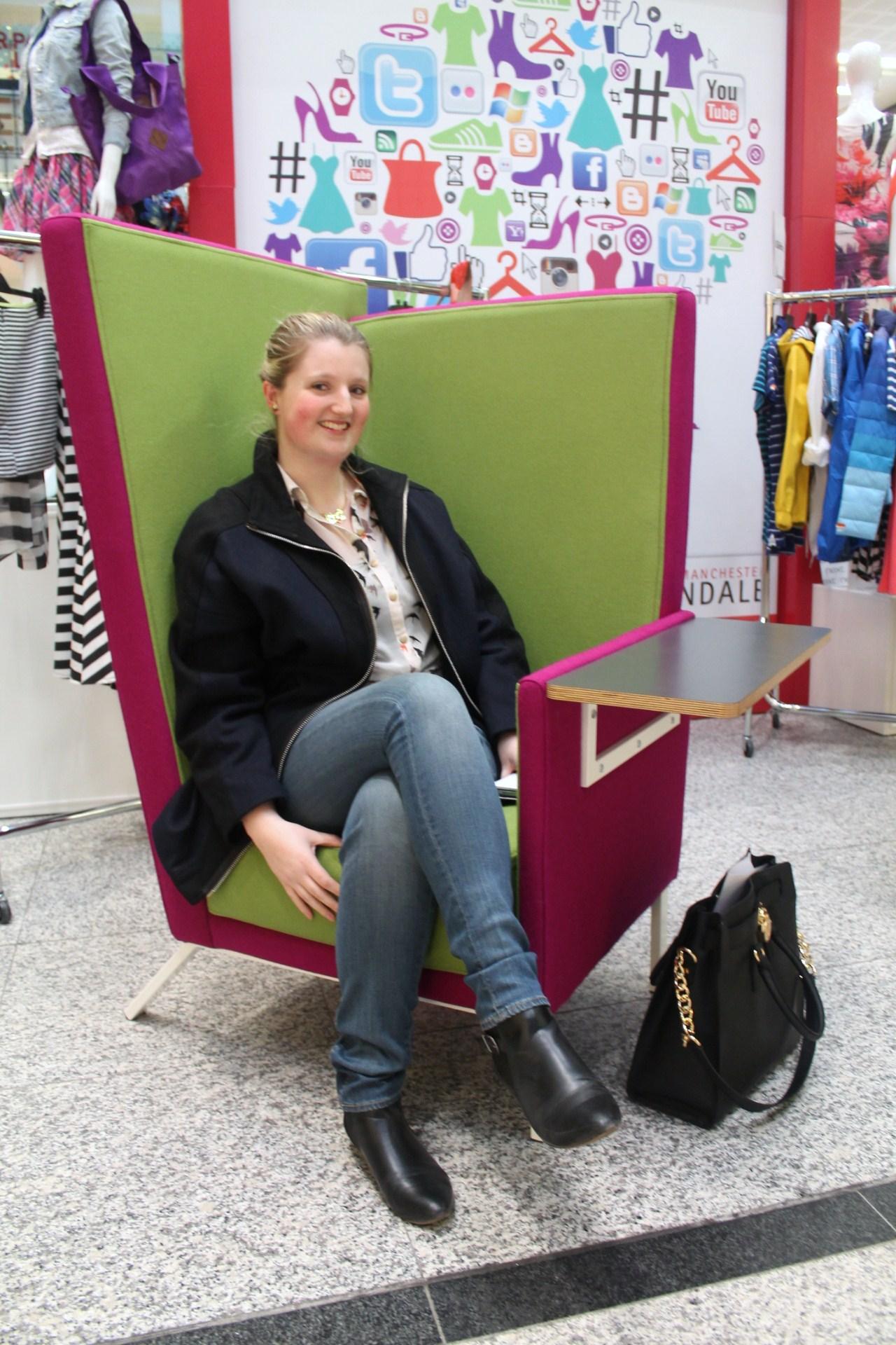 Tweet Seat Arndale