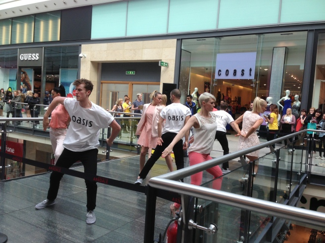 Flash Mob Fashion Oasis
