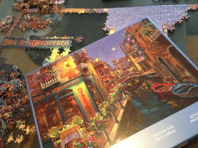 Jigsaw Italian street scene