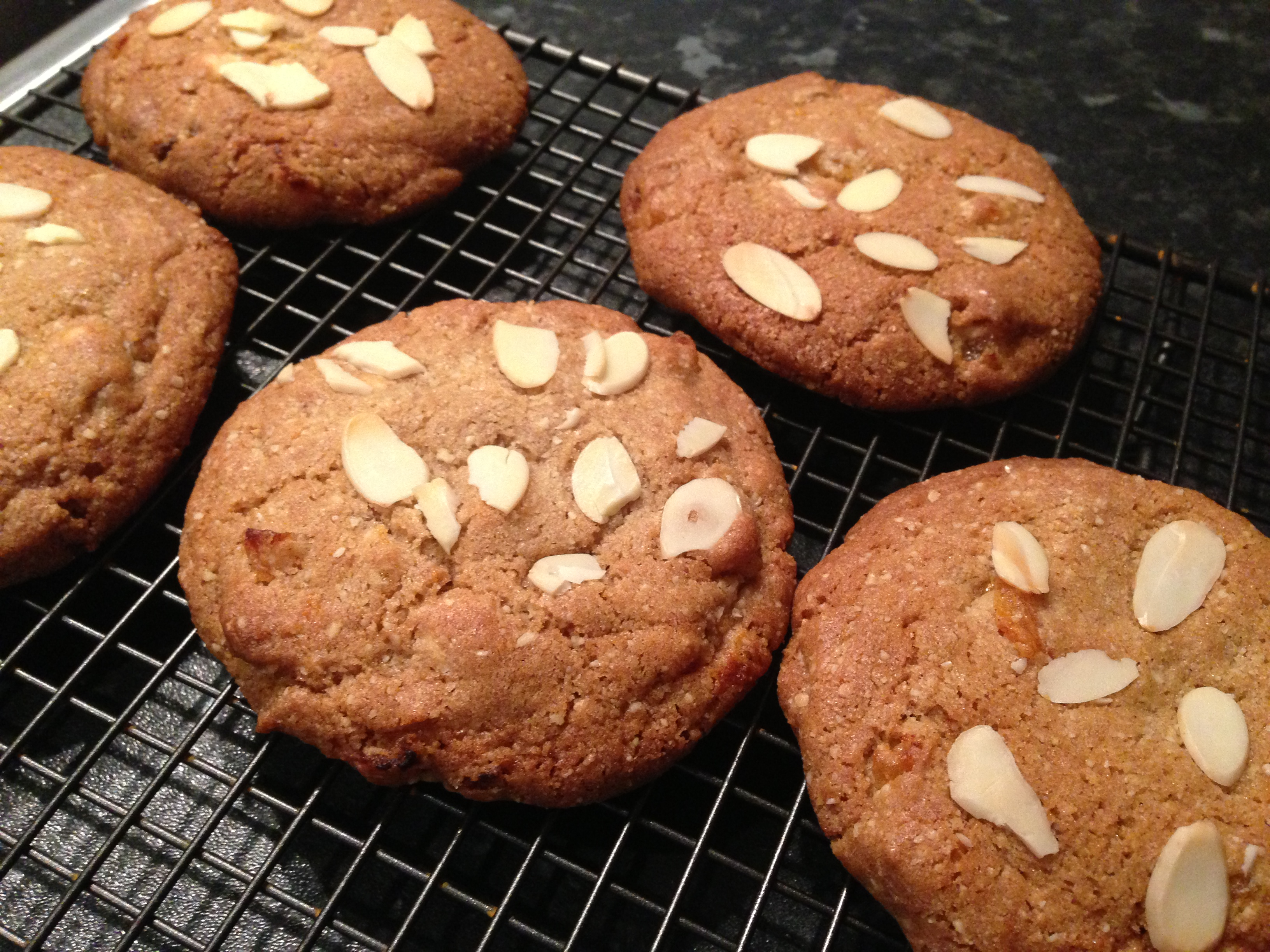Chewy apricot and almond cookies