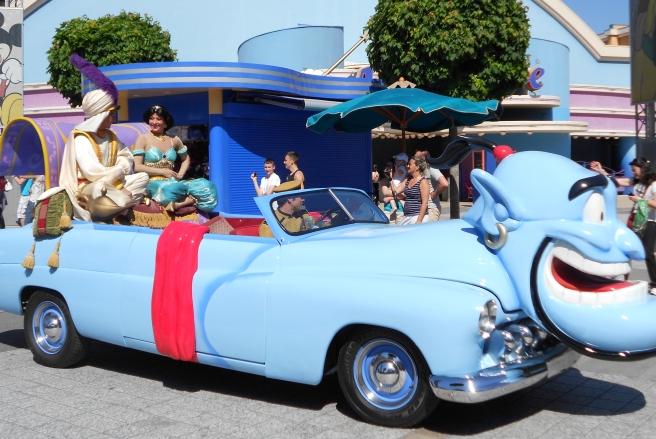 Aladdin Disney parade