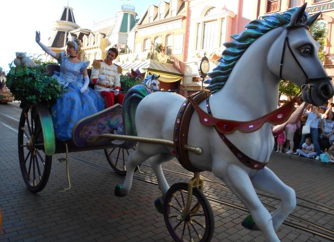 Cinderella Disney parade