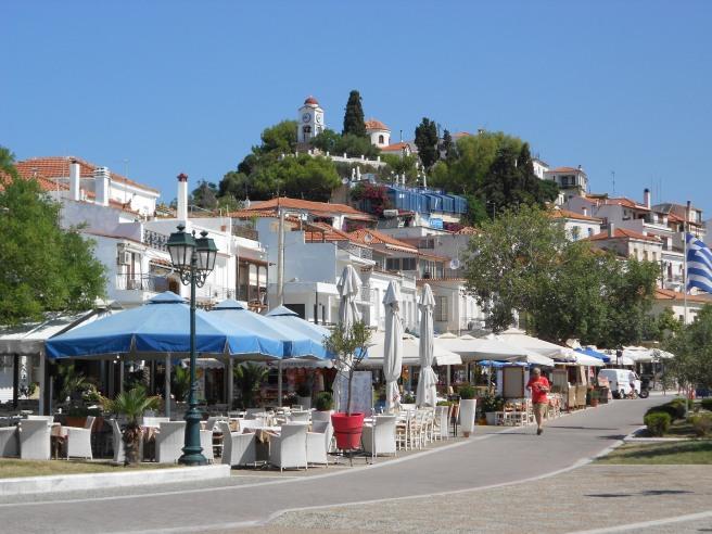 Skiathos town port