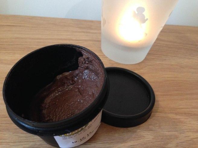 Lush cupcake face mask