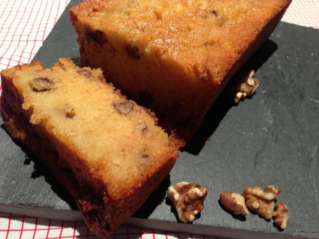 homemade honey and walnut loaf cake