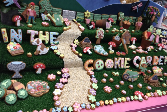 Cookie display table