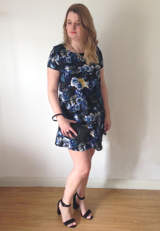Rose Print Shift Dress And Block Heel Sandals English