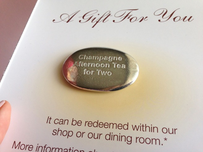 Champagne afternoon tea gift