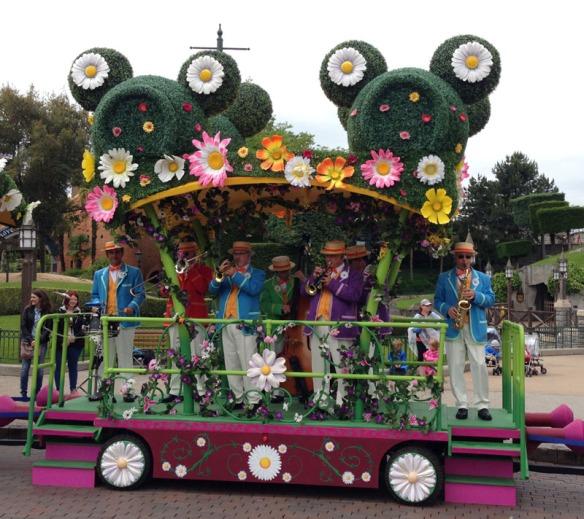 Spring Promenade band Disney