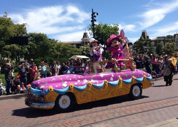 disney parade spring