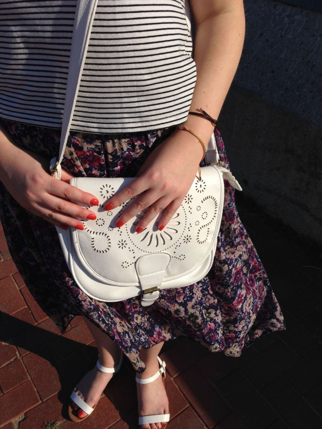 white saddle bag