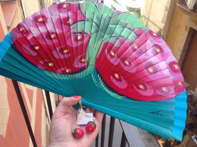 strawberry fan