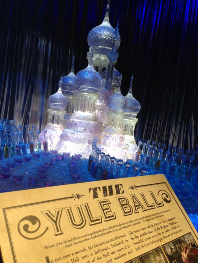 Yule ball ice sculpture