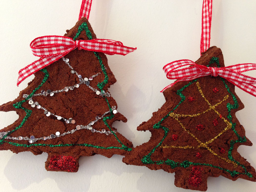 DIY gingerbread decorations