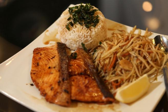 Wokooshii Salmon Teppanyaki