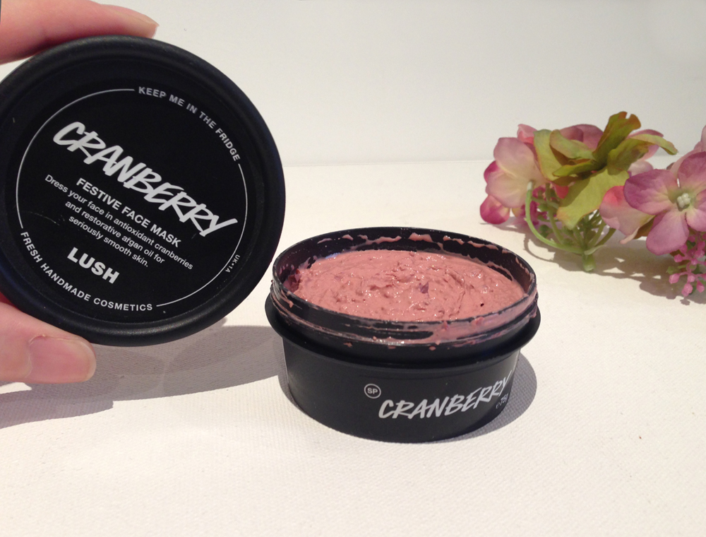 Lush Cranberry festive face mask review
