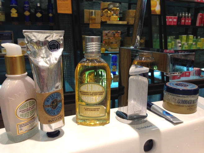 L'Occitane hand massage