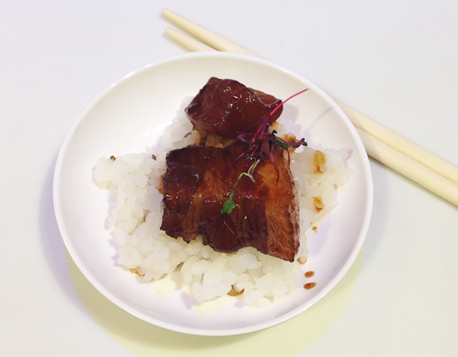 Buta No Kakuni Yo Sushi