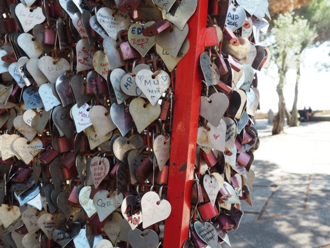 Lisbon love tokens