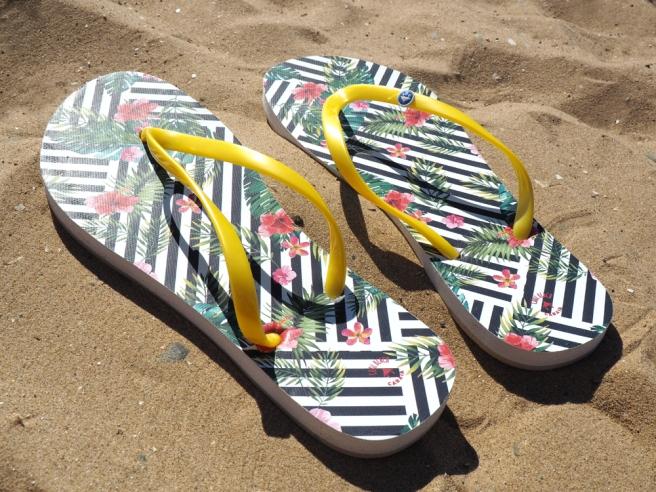 Cabaia flip flops