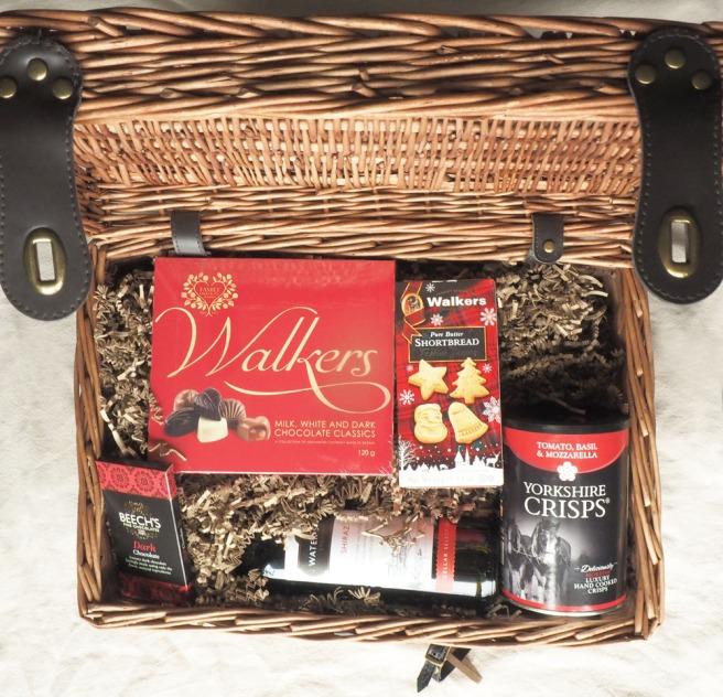 Christmas Traditional Gift Basket